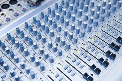 Een muziekstudio: zelf bouwen of laten bouwen?