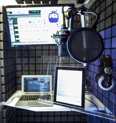 Een Studiobricks geluidsstudio voor Jongerenstem.nl