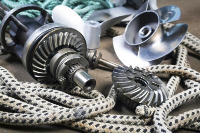 Geluidsisolatie voor binnenvaart en beroepsvaart   Deel 5: Schroefgeluid en casco ontdreuning